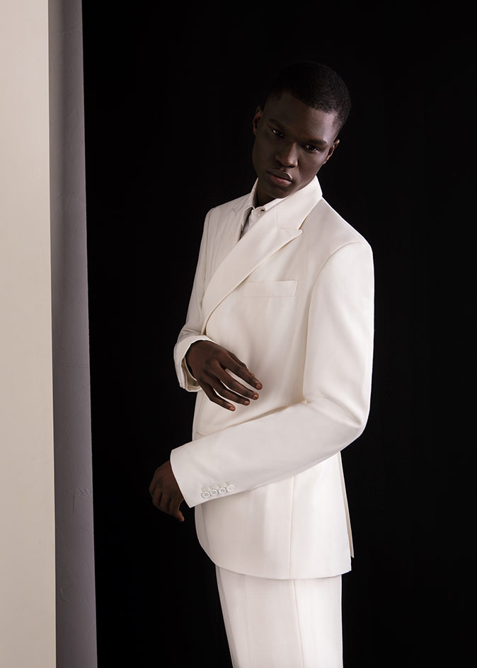 Tailored suits white jacket