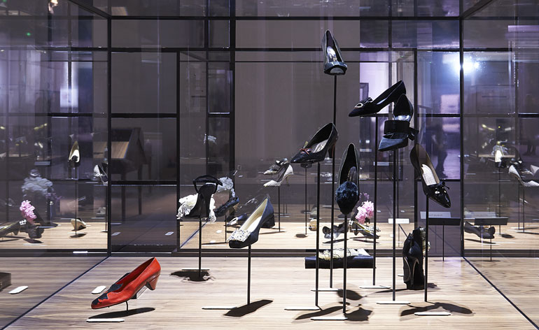 'Virgule etc': Roger Vivier's storied shoes go on show at Paris' Palais de Tokyo