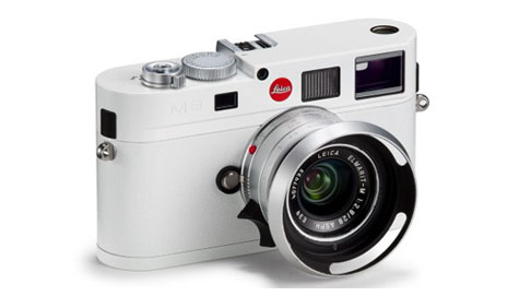 The all white Leica M8